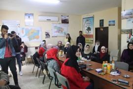 وفد من طلبة الاعلام في جامعة النجاح – فريق اصداء الاعلامي في زيارة الى بلدية قصرة