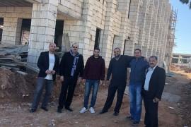 زيارة رئيس واعضاء بلدية قصرة الى المدرسة الاعدادية المختلطة في المنطقة الجنوبية